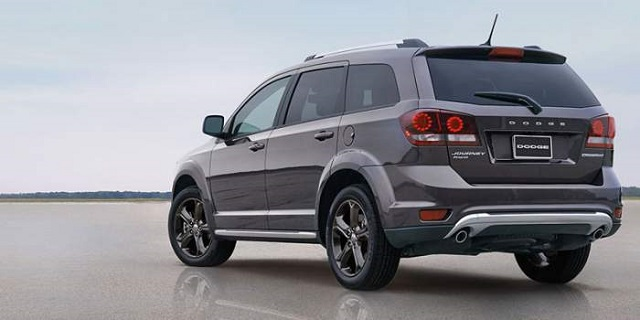 2020-Dodge-Journey-rear.jpg