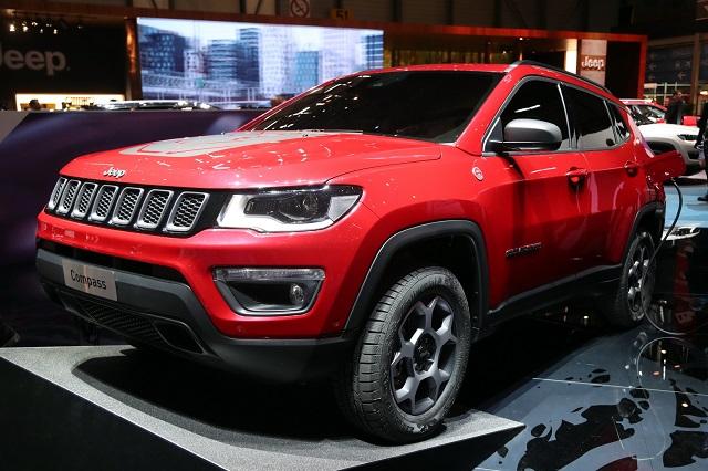 2021-Jeep-Compass-Hybrid.jpg