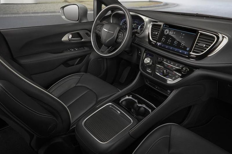 2021 Chrysler Pacifica Hybrid Interior