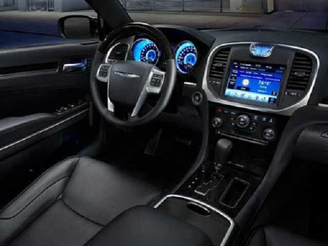 2021 Chrysler 300 SRT8 Interior