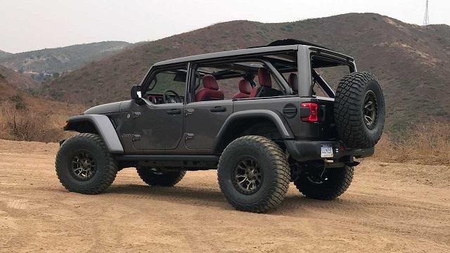 Jeep Wrangler HEMI V8 Rear