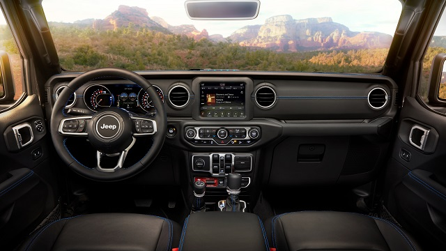 2022 Jeep Wrangler Rubicon Interior