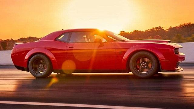 Dodge Challenger SRT Demon vs. Hellcat Demon